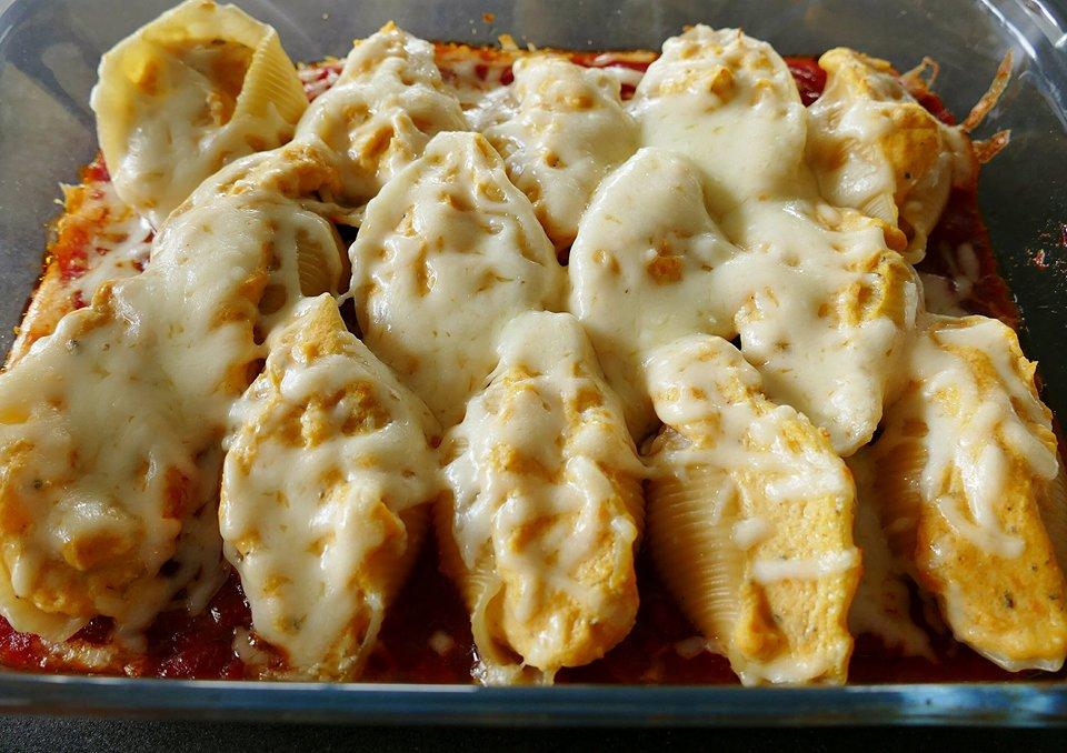 Gevulde pastaschelpen met pompoen en ricotta