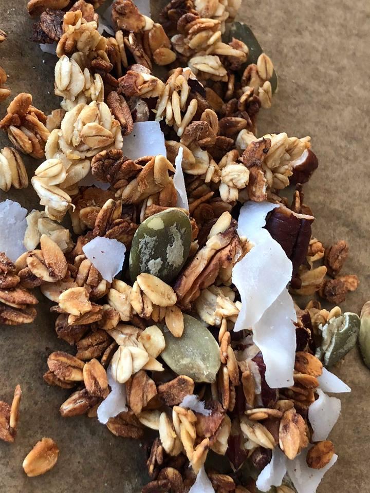 Granola met pecannoten en kokos